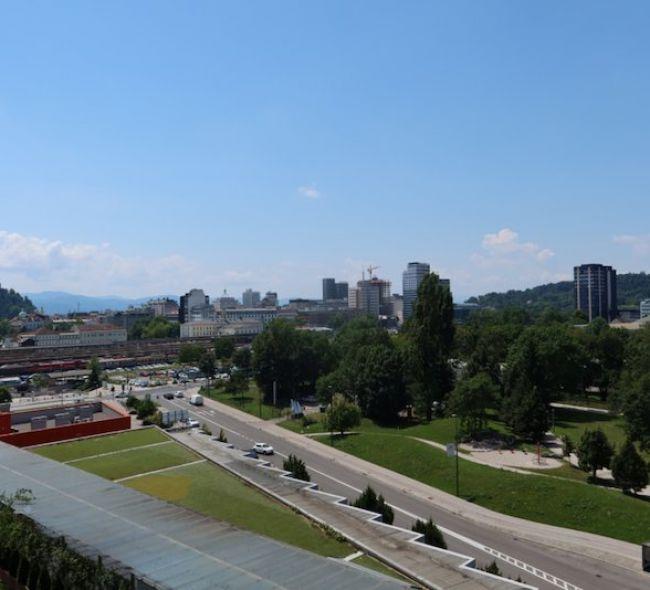 Lokacija: Ljubljana, Bežigrad, Zupančičeva jama