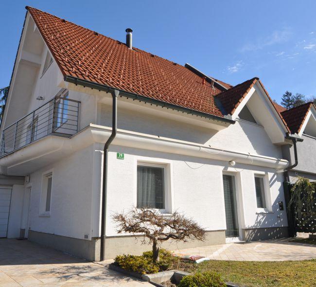 Lokacija: Ljubljana, Moste-Polje, Bizovik