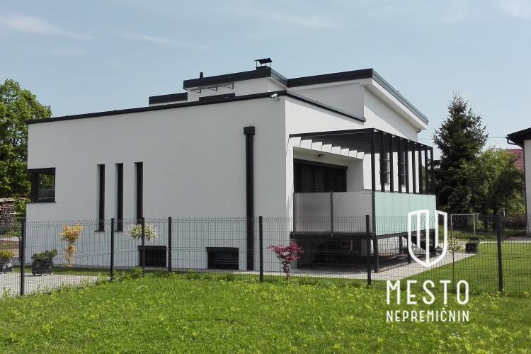 Lokacija: Ljubljana, Bežigrad, Savlje