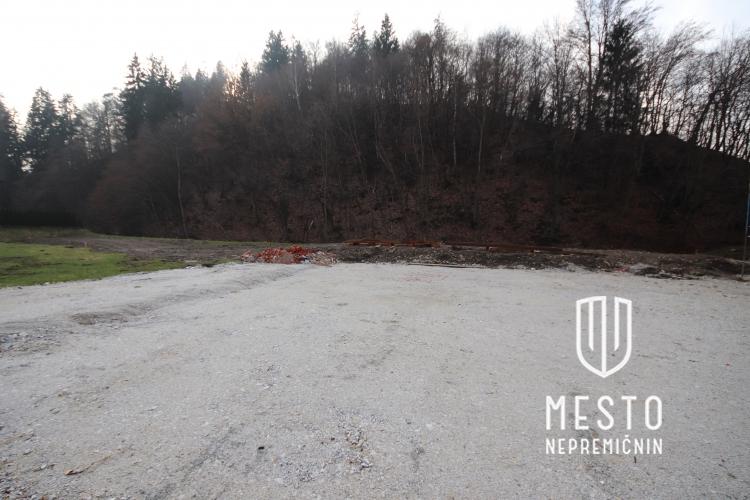 Lokacija: Ljubljana, Moste-Polje, Podgrad