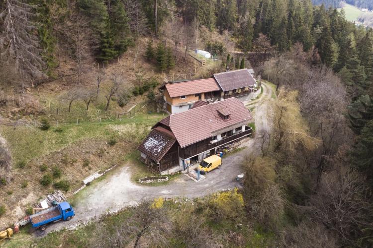 Lokacija: Koroška, Ravne na Koroškem, Tolsti vrh pri Ravnah na Koroškem-del