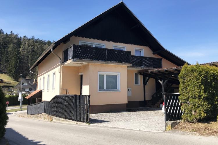 Lokacija: Koroška, Slovenj Gradec, Stari trg