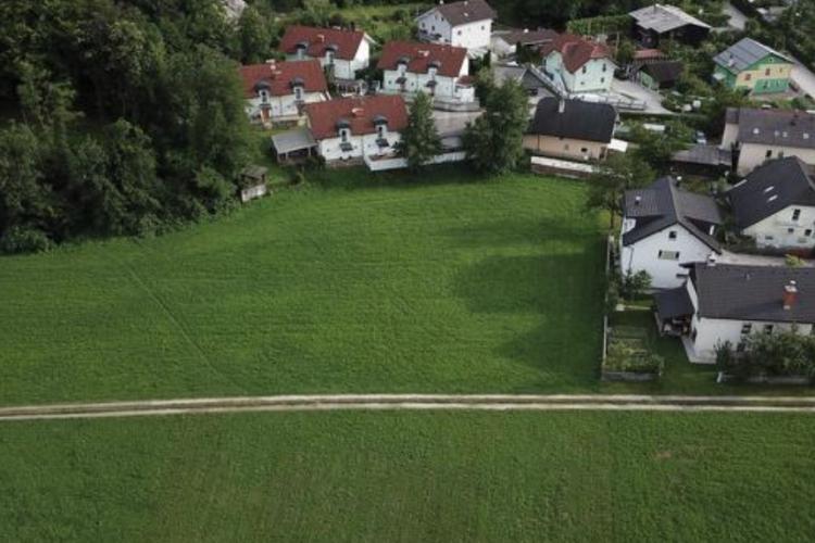 Lokacija: Ljubljana, Moste-Polje, Okolica