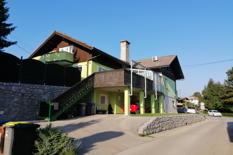 Lokacija: Ljubljana, Šiška, Tacen