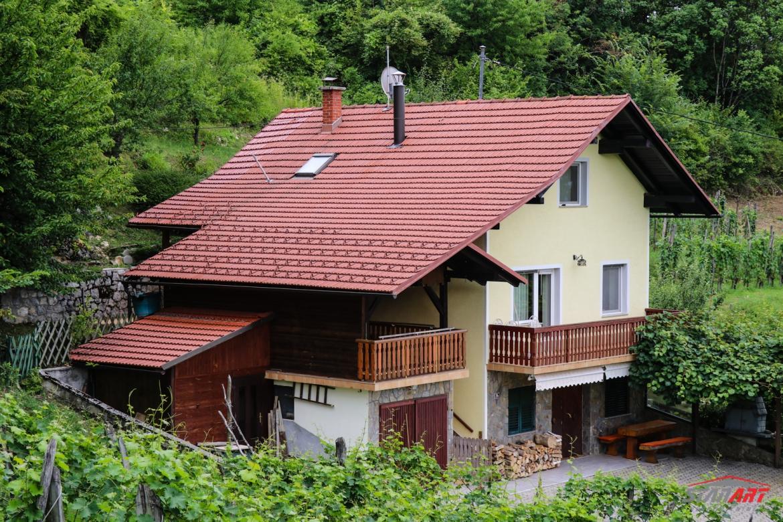 Lokacija: Jugovzhodna Slovenija, Metlika, Radovica