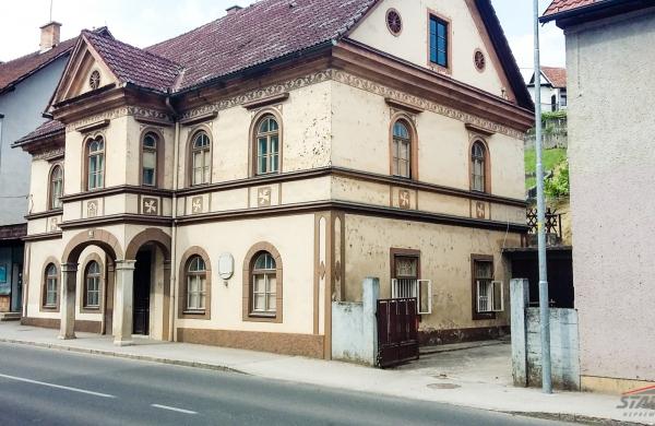 : Jugoistočna Slovenija, Metlika