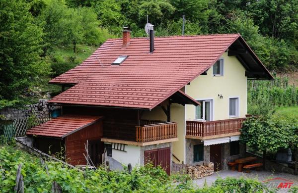 : Jugoistočna Slovenija, Metlika, Radovica