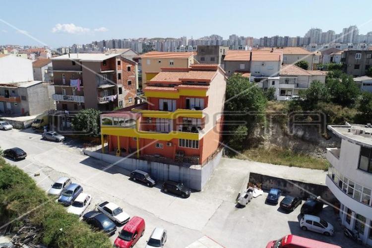 Lokacija: Hrvaška, Split