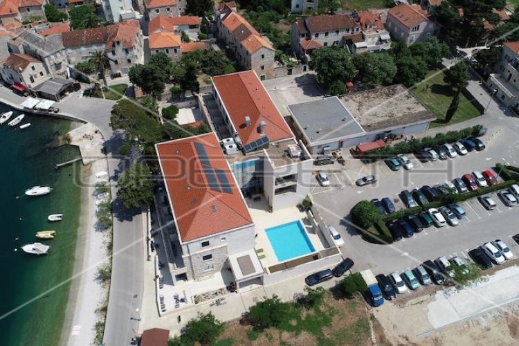 Lokacija: Hrvaška, Postira