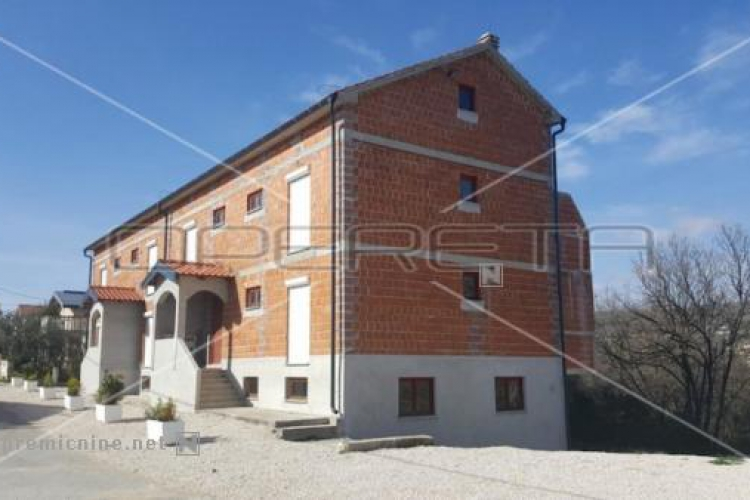 Lokacija: Hrvaška, Novigrad