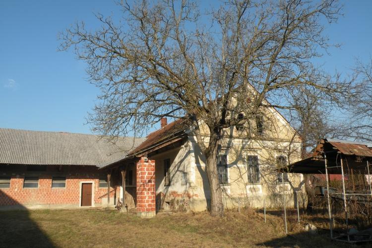Lokacija: Pomurska, Križevci
