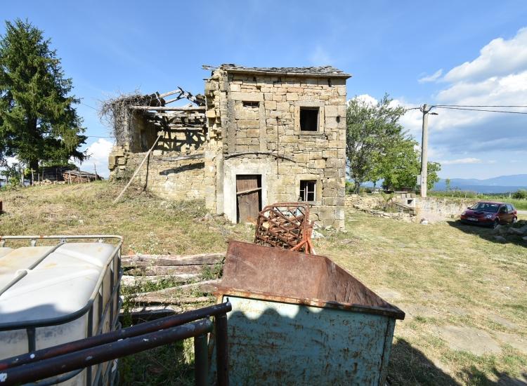 Lokacija: Obalno - kraška, Koper, Pregara