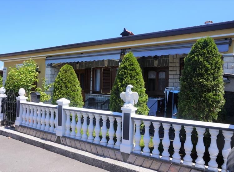 Lokacija: Obalno - kraška, Koper, Šalara