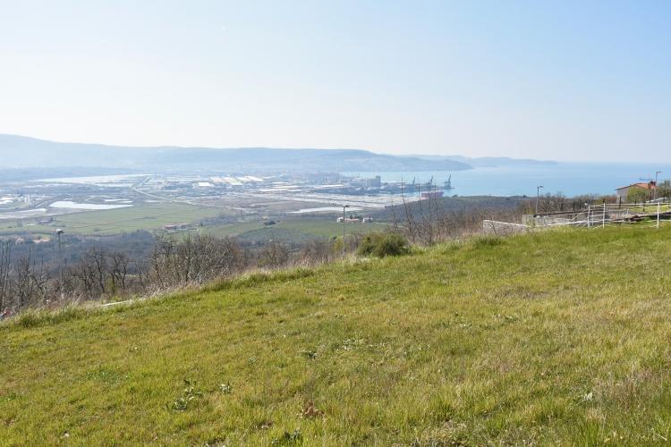Lokacija: Obalno - kraška, Koper, Hrvatini