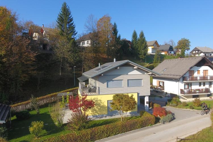Lokacija: Gorenjska, Bled, Koritno