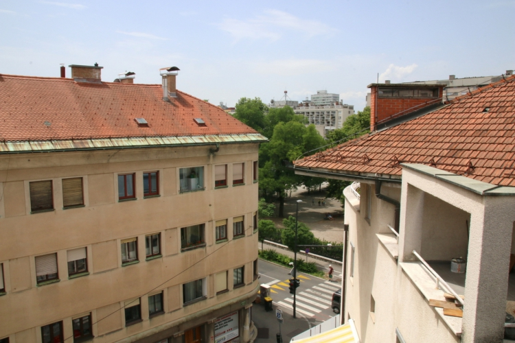 Lokacija: Ljubljana, Center, Tabor