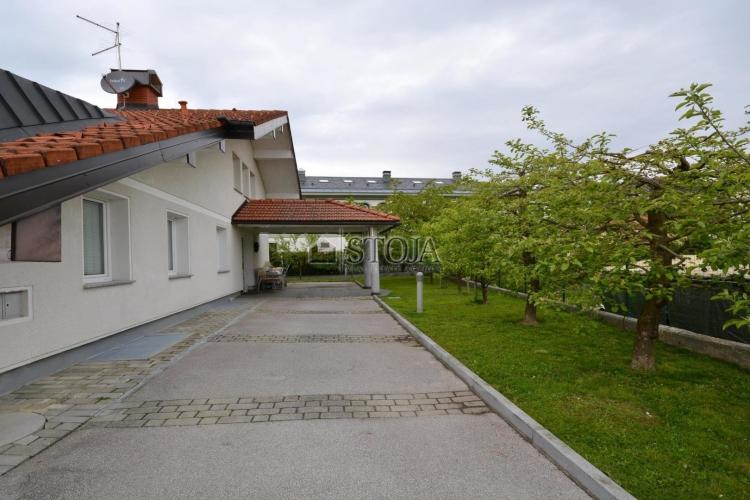 Lokacija: Ljubljana okolica, Domžale