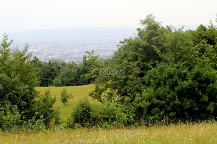 Lokacija: Ljubljana, Šiška, Stanežiče