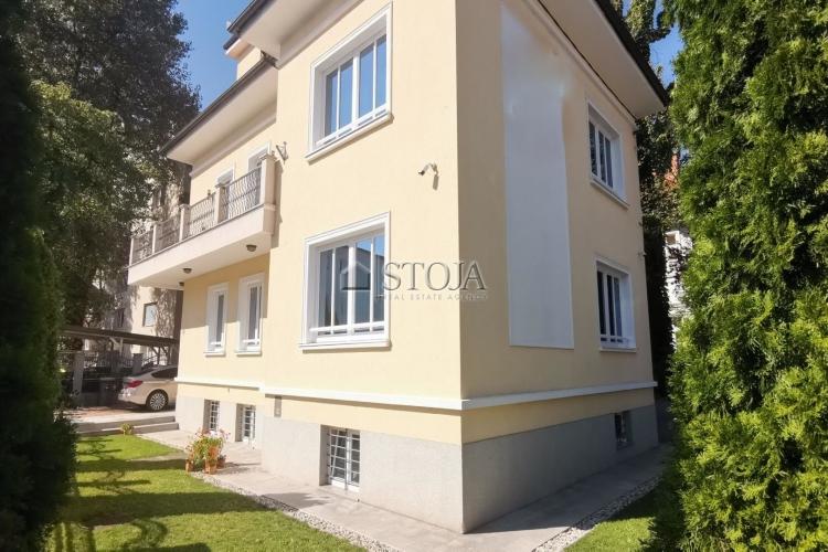Lokacija: Ljubljana, Bežigrad